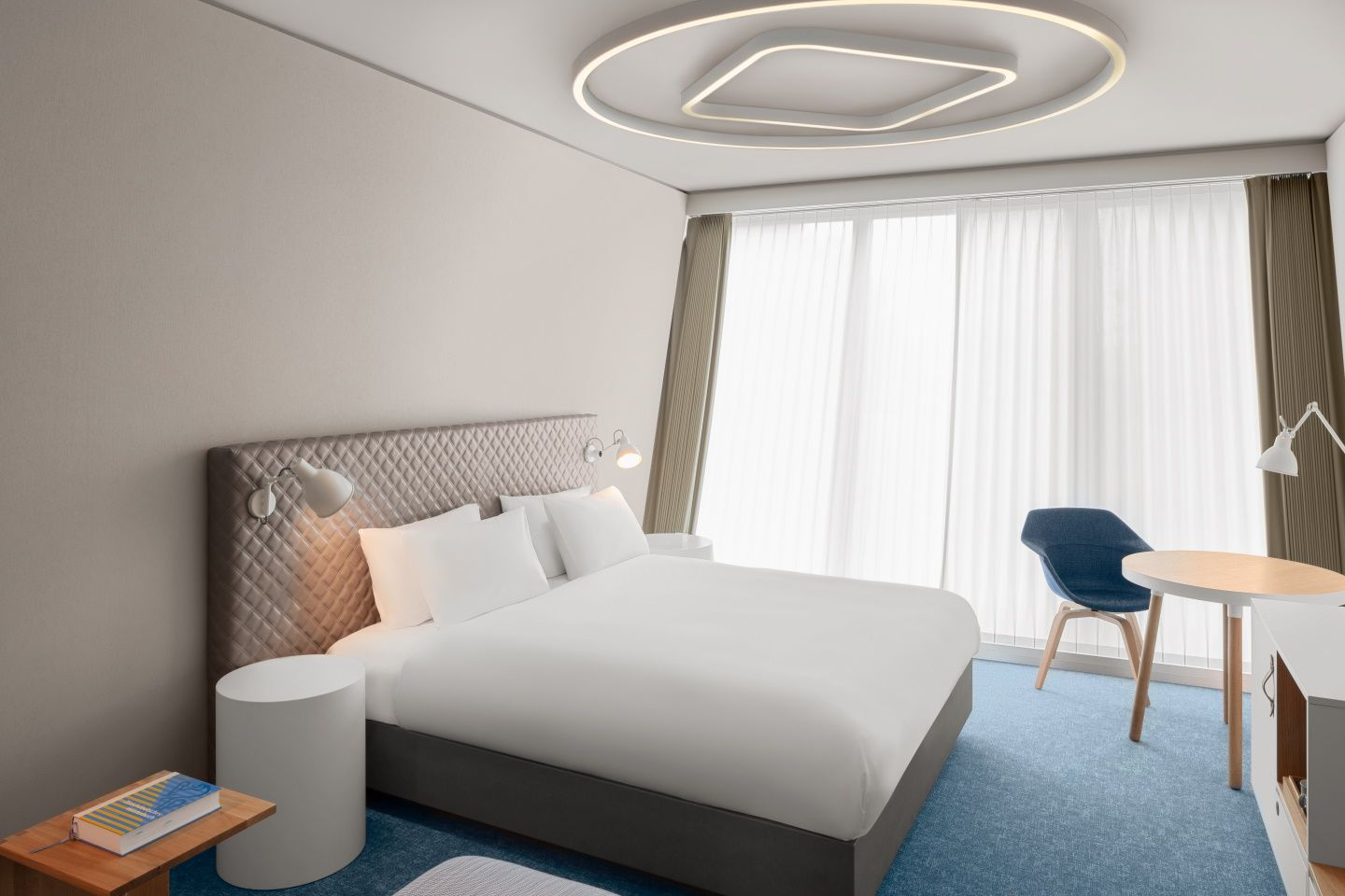 <p>Hyatt Place Zurich Airport The Circle - Zimmer - MICE Service Group</p>